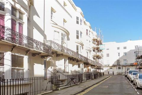 1 bedroom flat for sale - Bloomsbury Place, Kemp Town Village, Brighton, East Sussex