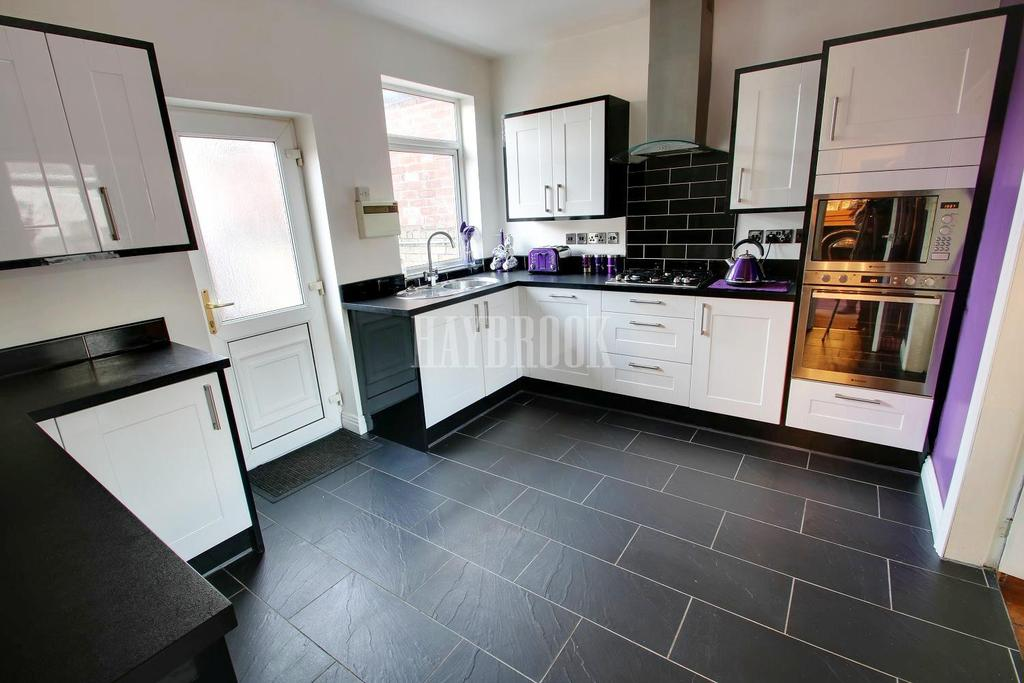 3 Bedrooms Terraced House for sale in Park Lane, Thrybergh