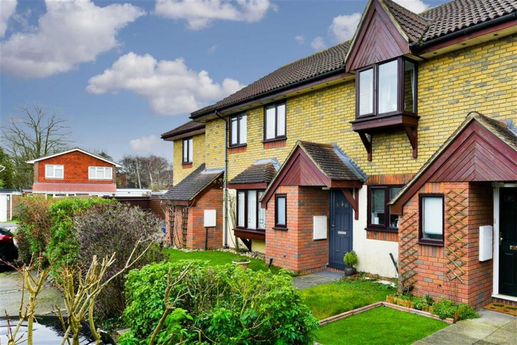 2 Bedrooms Terraced House for sale in Douglas Mews, Banstead, Surrey