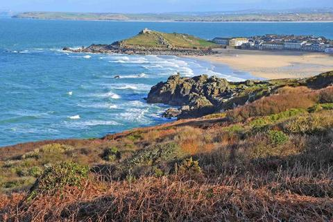 Farm land for sale - St Ives, West Cornwall, TR26