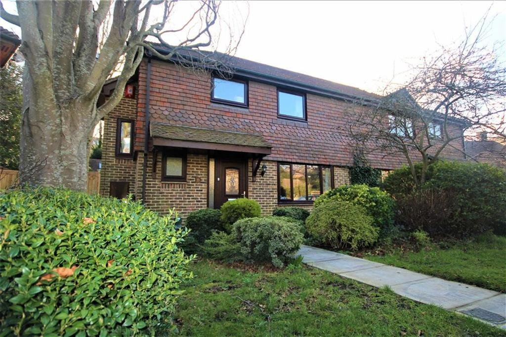 4 Bedrooms Semi Detached House for sale in Vicarage Close, Newhaven