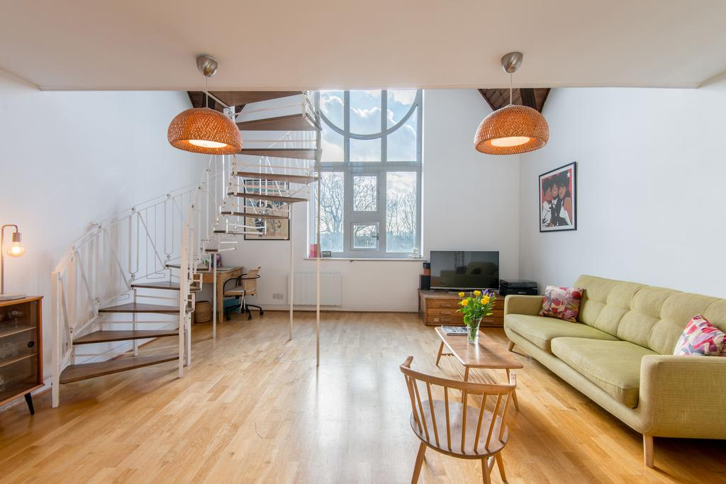 2 Bedrooms Apartment Flat for sale in Haven East, Dalston Lane, Hackney, London E8