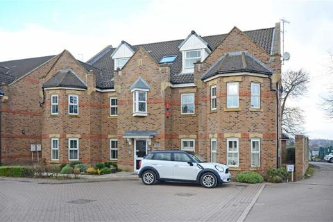 3 bedroom flat for sale - 32, Folkwood Grove, Bents Green, Sheffield, S11