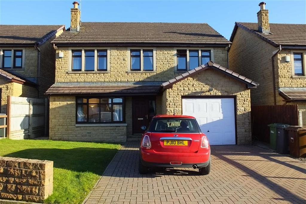 4 Bedrooms Detached House for sale in Priory Way, Barnoldswick, Lancashire, BB18