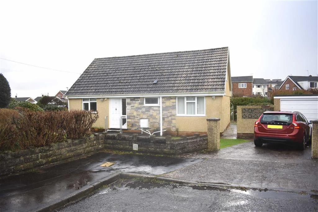 3 Bedrooms Detached Bungalow for sale in Osprey Close, West Cross, Swansea