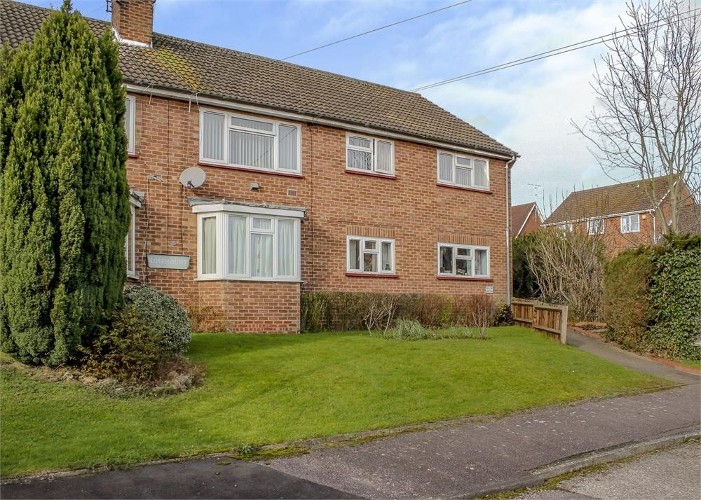 2 Bedrooms Maisonette Flat for sale in Rose Hill, Binfield, Berkshire