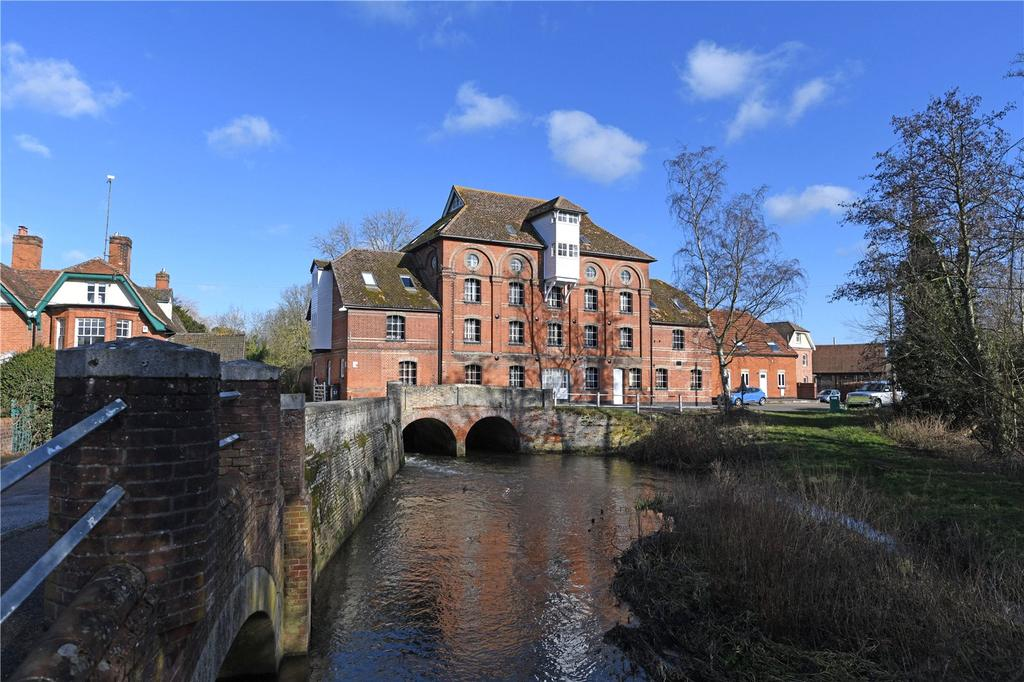 2 Bedrooms Flat for sale in Hawks Mill, Needham Market, Nr Ipswich, Suffolk, IP6