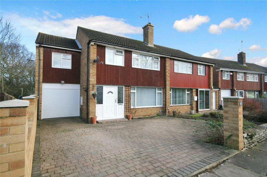 4 Bedrooms Semi Detached House for sale in Willersey Road, Benhall, Cheltenham, GL51