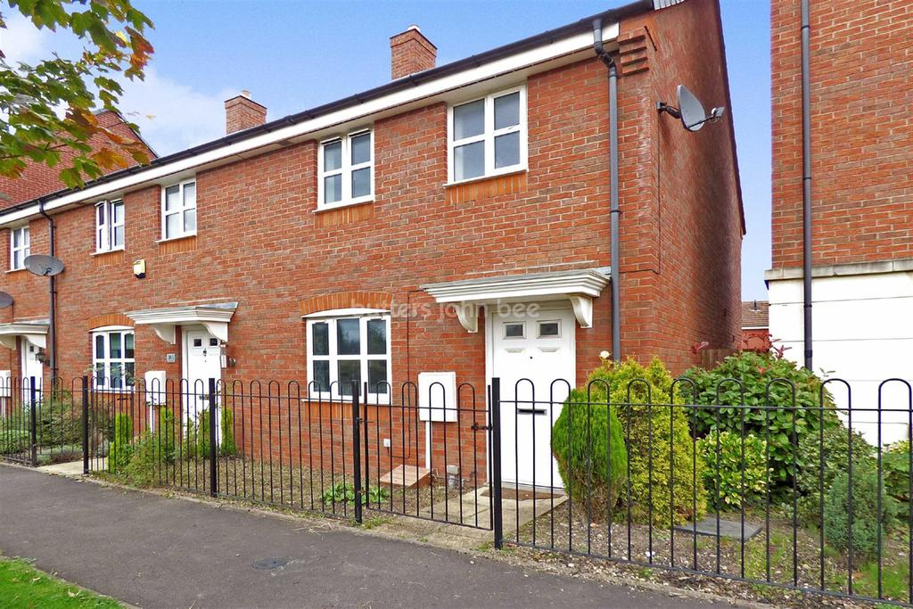 3 Bedrooms End Of Terrace House for sale in Oakworth Close