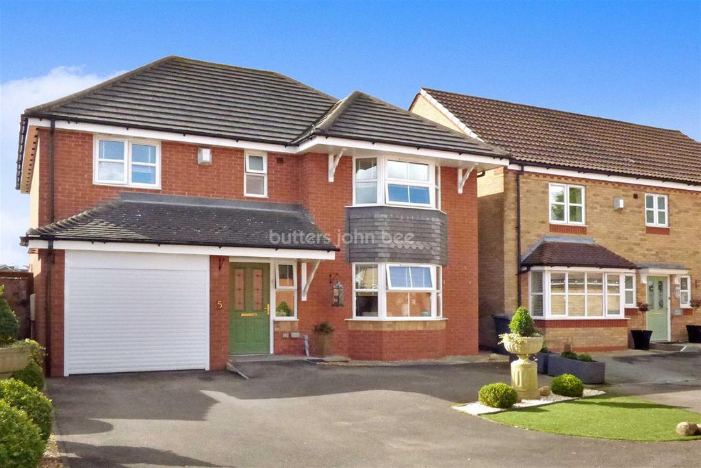 4 Bedrooms Detached House for sale in Minnie Close, Audley