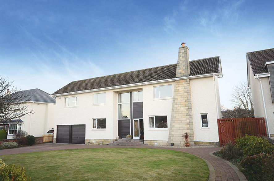 5 Bedrooms Detached Villa House for sale in 19 Abbots Way, Doonfoot, KA7 4EZ