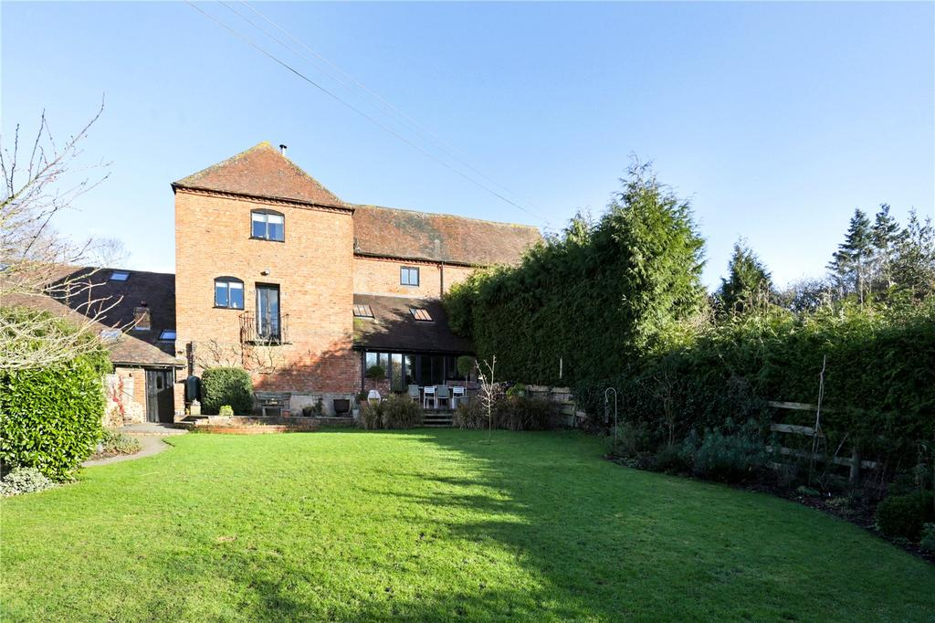 3 Bedrooms Barn Conversion Character Property for sale in Worcester, Worcestershire