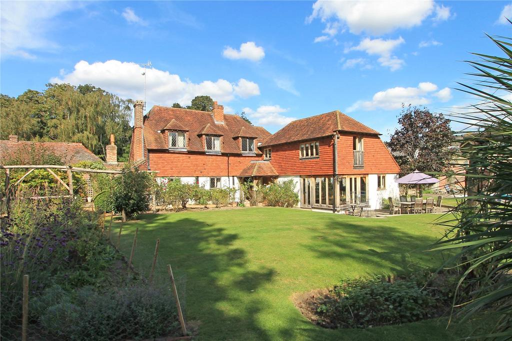 5 Bedrooms Detached House for sale in Hill Hoath Road, Chiddingstone, Edenbridge, Kent, TN8