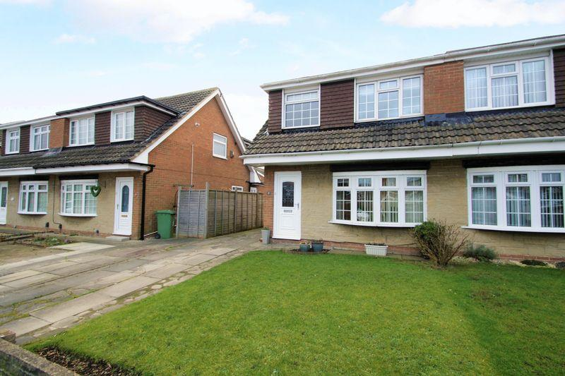 3 Bedrooms Semi Detached House for sale in Armadale Close, Fairfield, Stockton, TS19 7SD