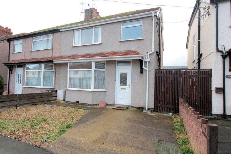 3 Bedrooms Semi Detached House for sale in Clwyd Avenue, Abergele