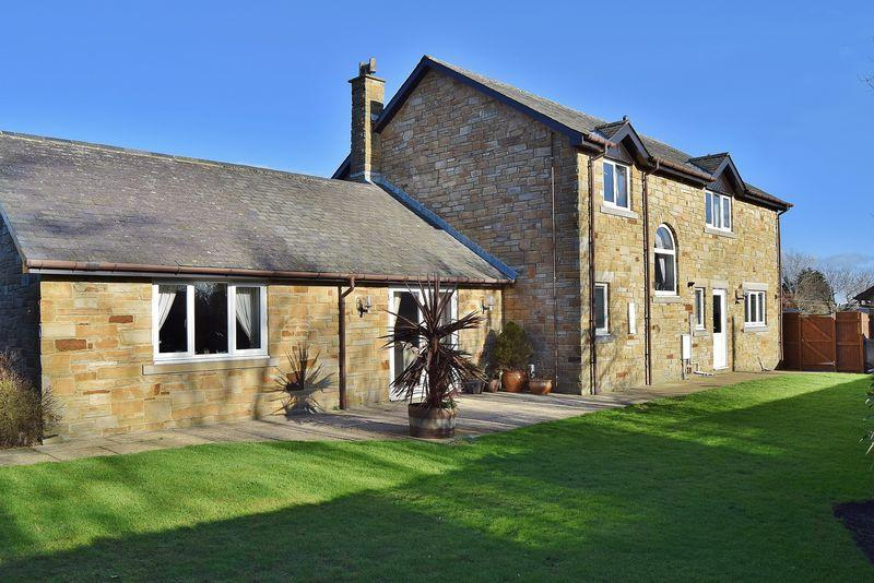 4 Bedrooms Detached House for sale in Heatheryhill, Lowgate, Hexham