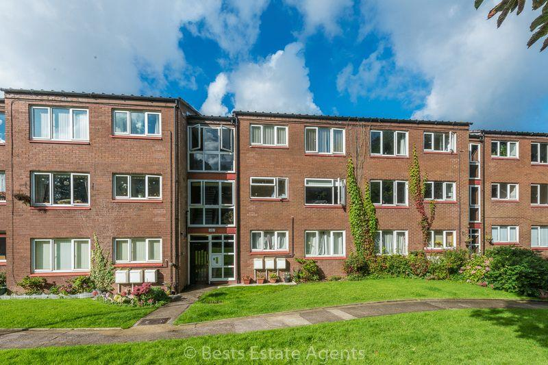 2 Bedrooms Apartment Flat for sale in Camelot Way, Runcorn