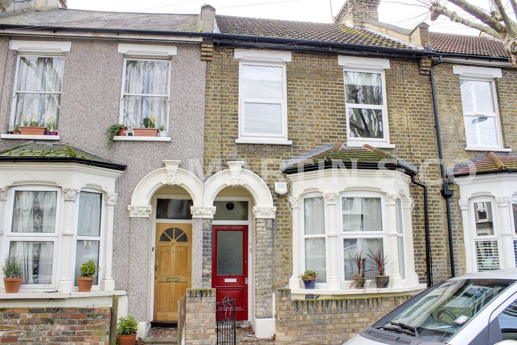 1 Bedroom Flat for sale in Malvern Road, Leytonstone