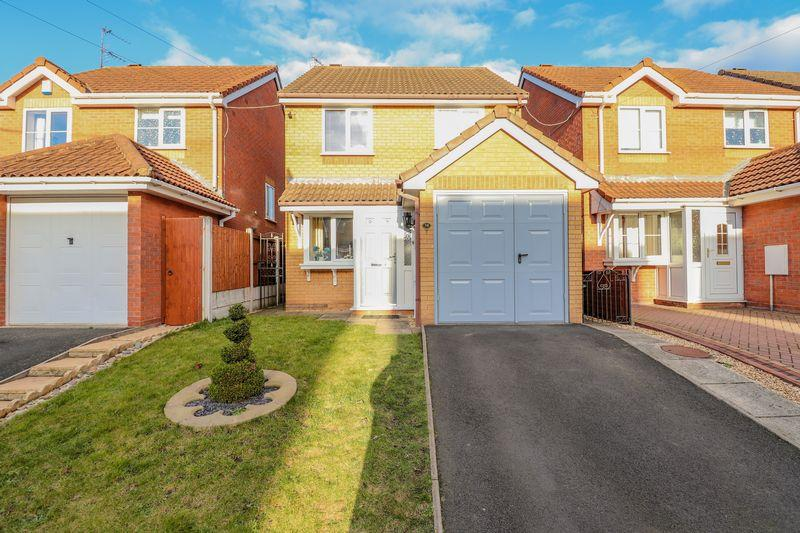 3 Bedrooms Detached House for sale in Brookfield Way, Tipton