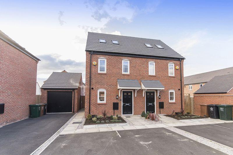 3 Bedrooms Semi Detached House for sale in Netley Road, Derby