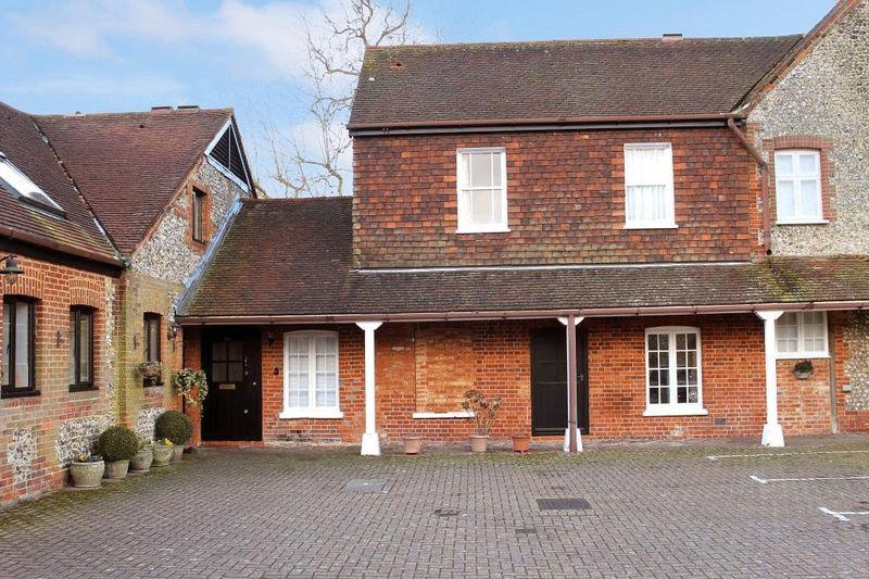 2 Bedrooms Retirement Property for sale in DORKING