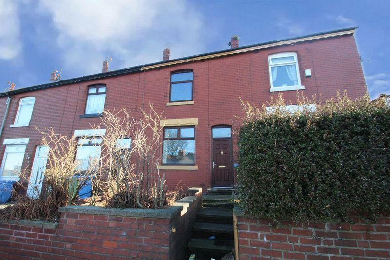 3 Bedrooms Terraced House for sale in Prospect Street, Heywood, OL10 2BB