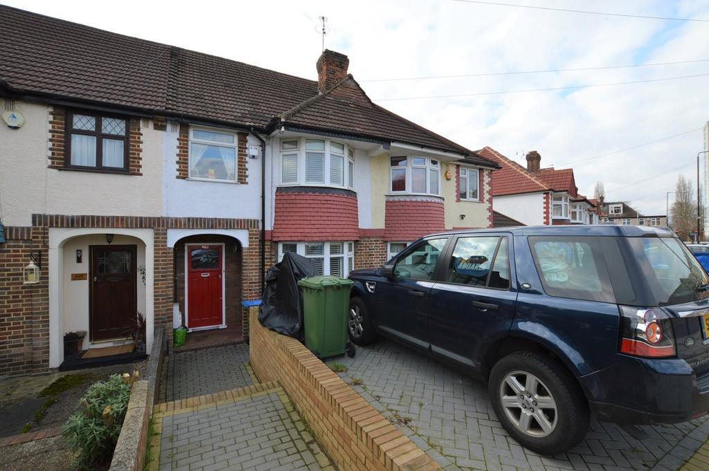 3 Bedrooms Terraced House for sale in Westmount Road, Eltham SE9