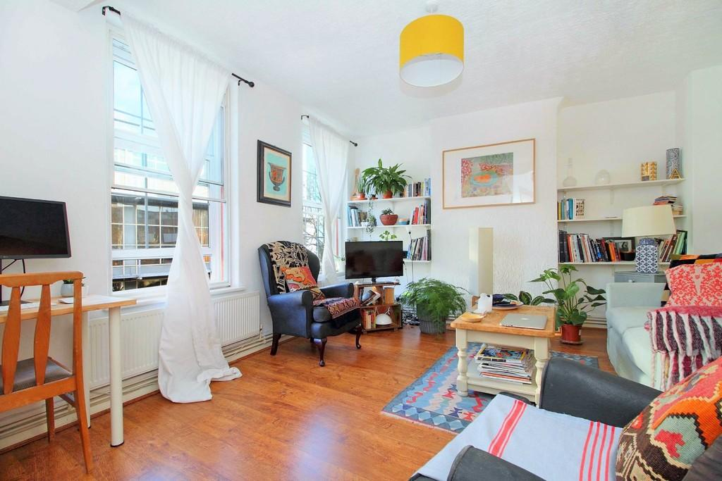 1 Bedroom Apartment Flat for sale in Hornsey Road, London