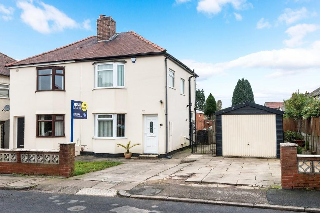 3 Bedrooms Semi Detached House for sale in Princes Way, Moss Bank , St. Helens