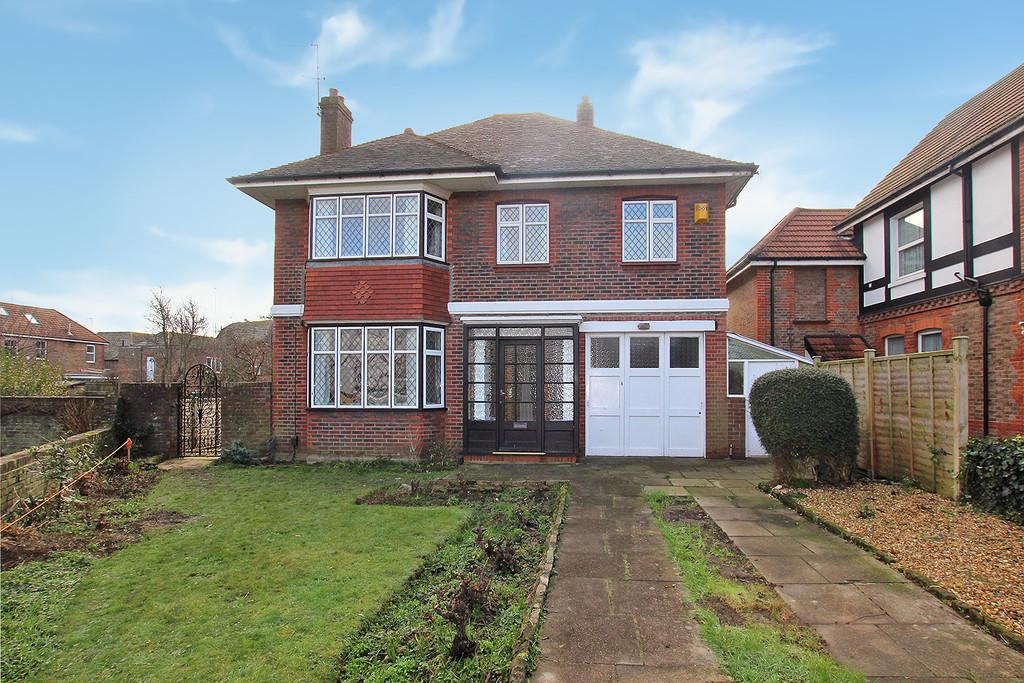 4 Bedrooms Detached House for sale in Westbrooke, Worthing, BN11 1RE