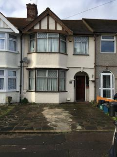 3 bedroom terraced house for sale - Brian Road, Romford, Essex, RM6