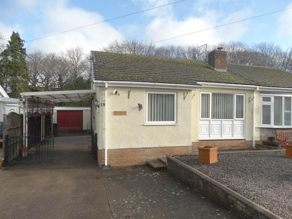 2 Bedrooms Semi Detached Bungalow for sale in 15 Pentre Isaf, Old Colwyn, LL29 8UT