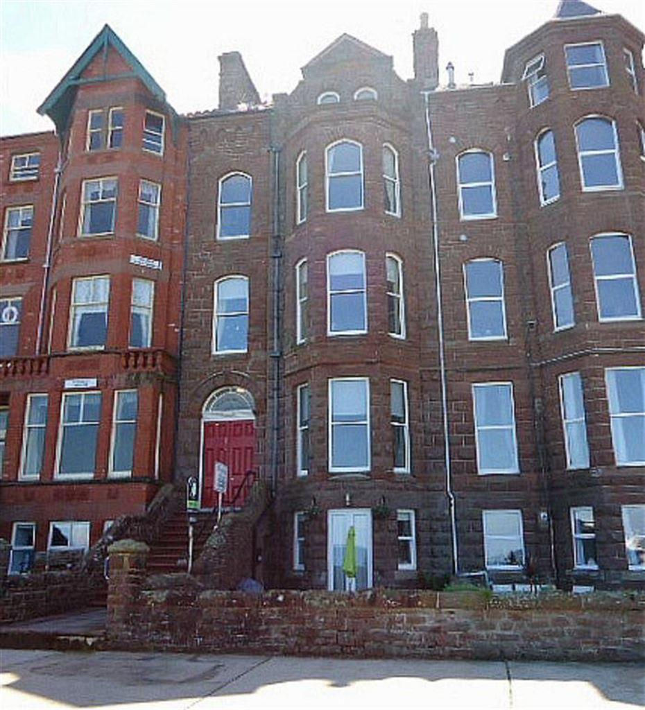 2 Bedrooms Apartment Flat for sale in Marina House, Peel, Isle of Man