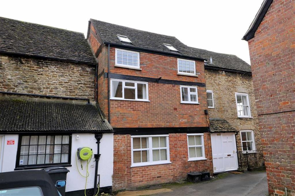 2 Bedrooms Apartment Flat for sale in Flat 4, Prospect House, Malmesbury, Wiltshire