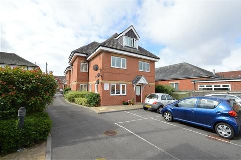 2 bedroom flat to rent - The Hawthorns, Hawthorn Road, Bournemouth, Dorset