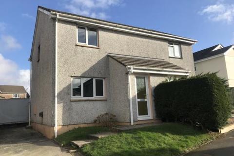 3 bedroom semi-detached house to rent - Cedar Close, Callington, PL17