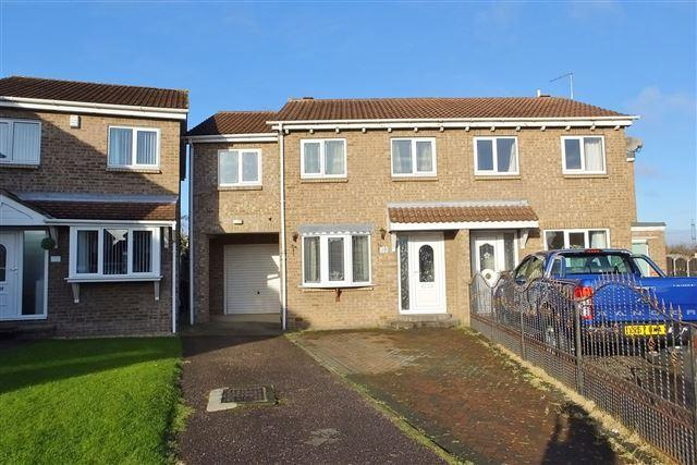3 Bedrooms Semi Detached House for sale in Rose Hill Avenue, Rawmarsh, Rotherham, S62 5NA