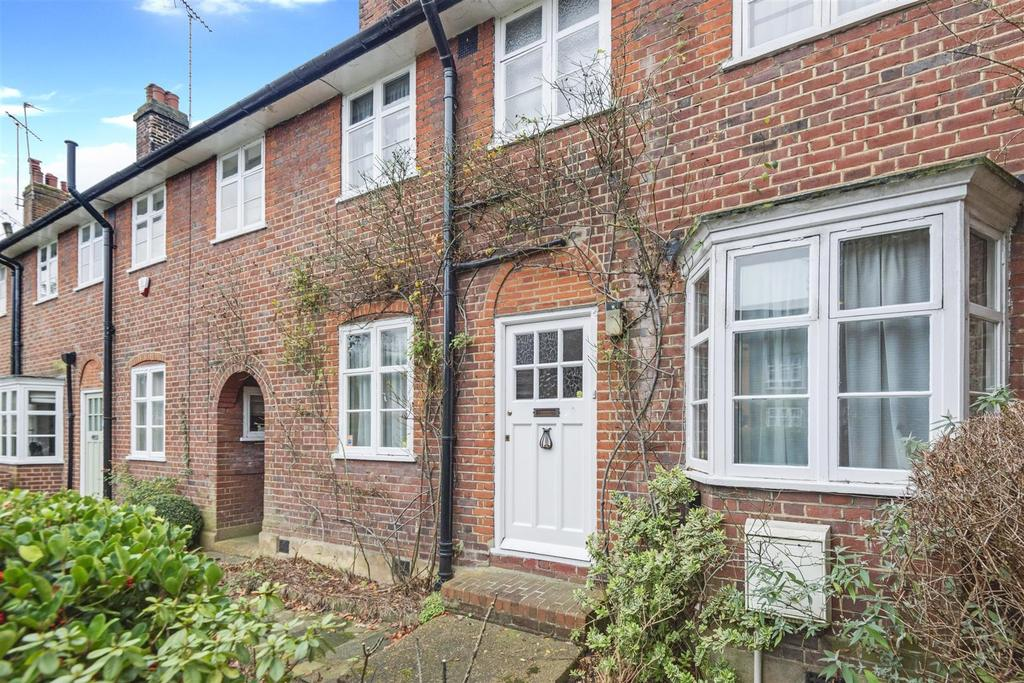 3 Bedrooms House for sale in Addison Way, London