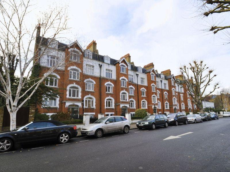 1 Bedroom Apartment Flat for sale in Cleveland Mansions, Widley Road, Maida Vale