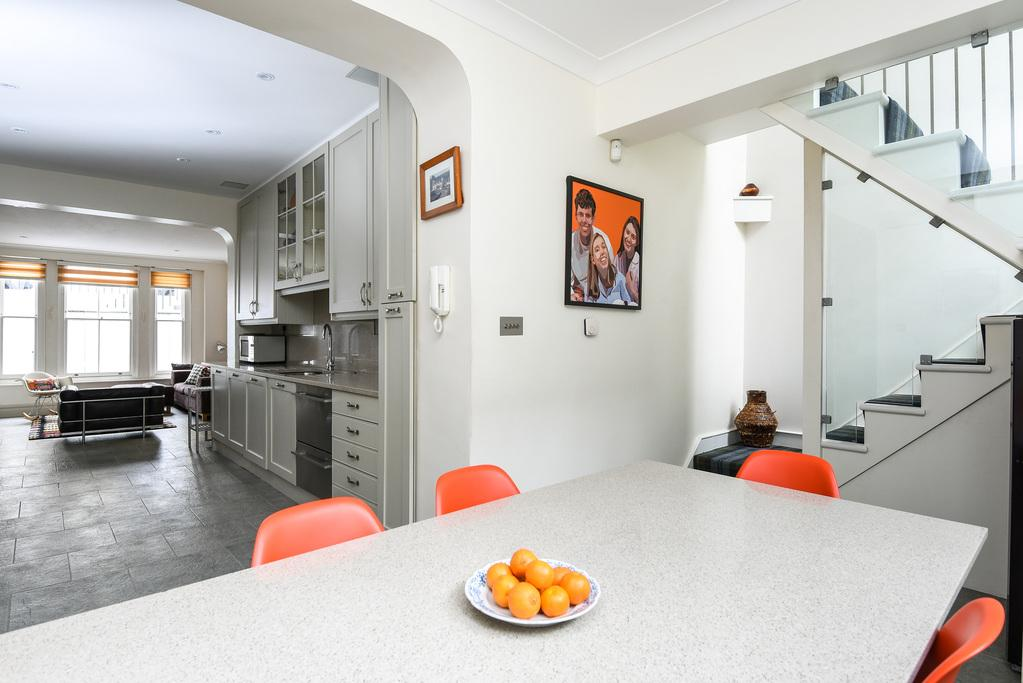4 Bedrooms Terraced House for sale in Porten Road, Brook Green, London, W14