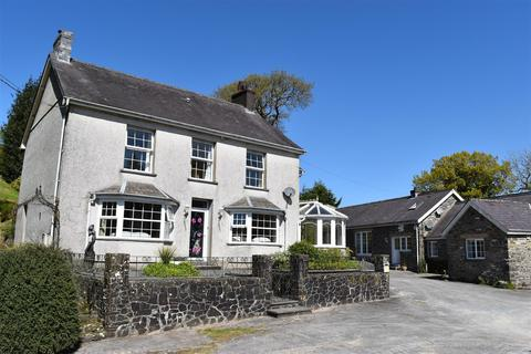 6 bedroom property with land for sale - Crugybar, Llanwrda