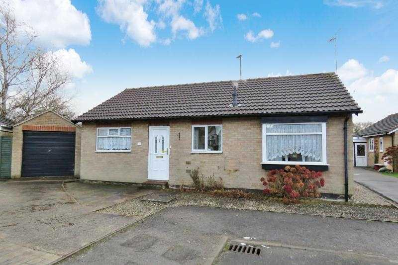 2 Bedrooms Bungalow for sale in Sandby Drive, Sheffield, S14 1DF