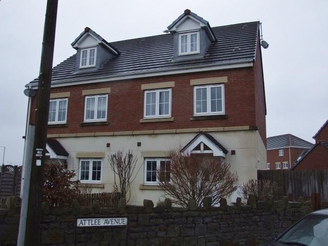 4 Bedrooms Semi Detached House for sale in 27 The Mews, Port Talbot.