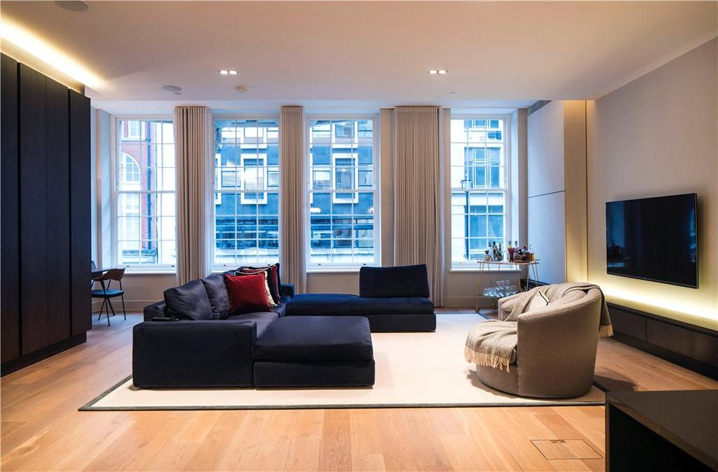 2 Bedrooms Flat for sale in Great Marlborough Street, London, W1F