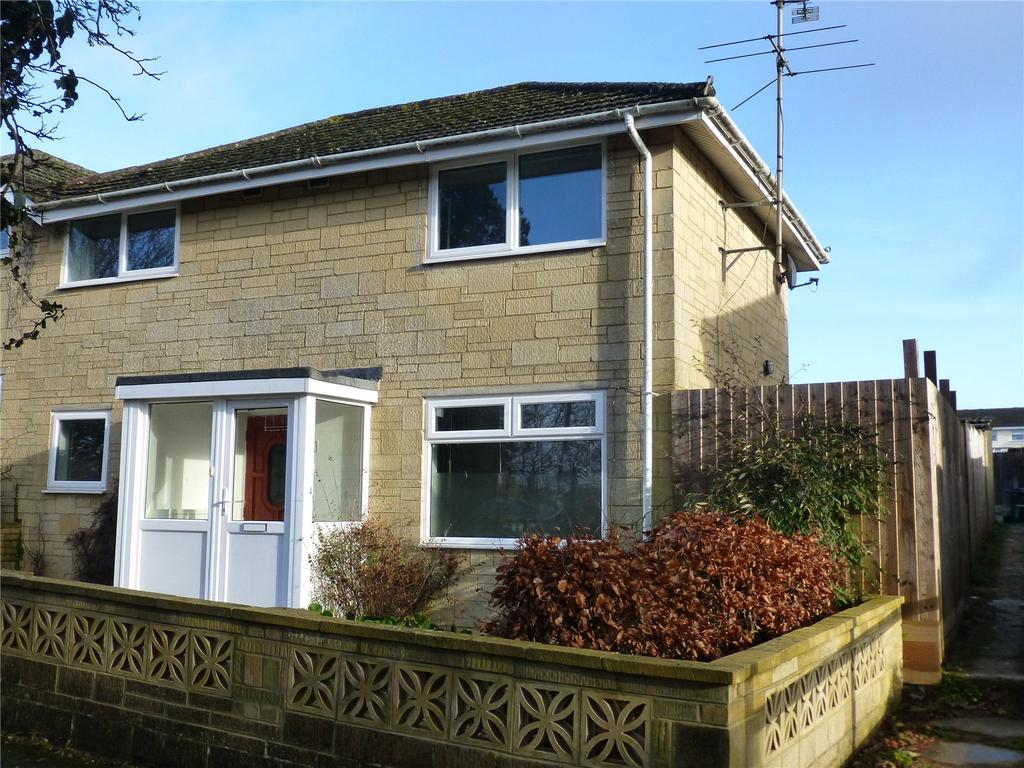 3 Bedrooms Semi Detached House for sale in Elphick Road, Cirencester, GL7