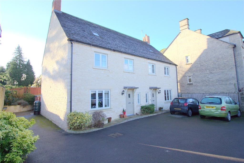 3 Bedrooms Semi Detached House for sale in The Woodbine, Cirencester, GL7