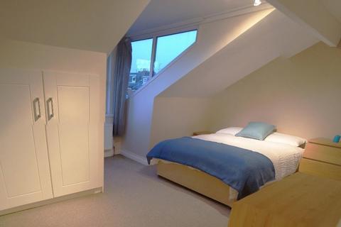 1 bedroom house share to rent - Salisbury Terrace, Armley, Leeds, LS12 2AY