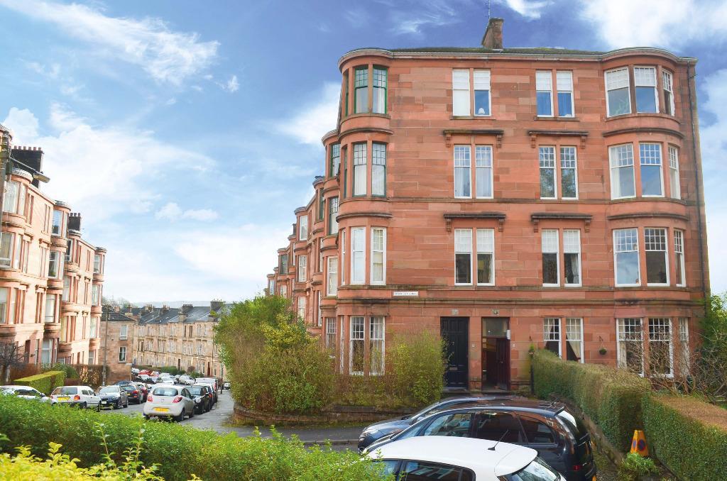 1 Bedroom Flat for sale in Grantley Gardens, Flat 0/2, Shawlands, Glasgow, G41 3PY