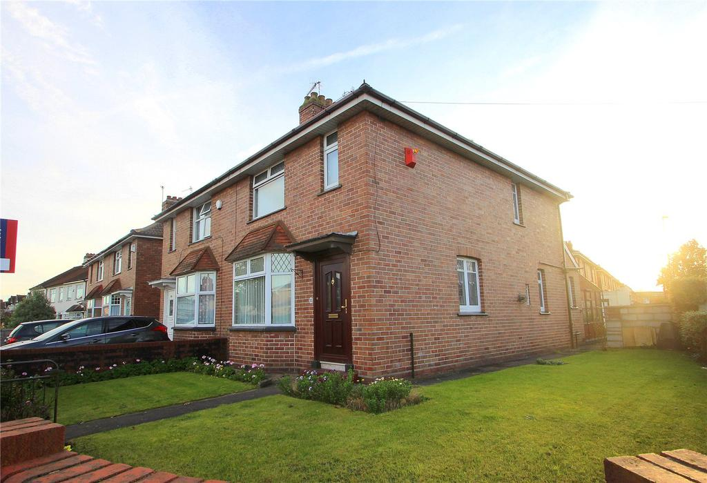 4 Bedrooms Semi Detached House for sale in Duckmoor Road, Ashton, BRISTOL, BS3