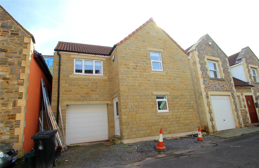 3 Bedrooms Detached House for sale in Winton Lane, Totterdown, Bristol, BS4